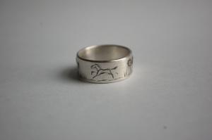 J ring horse